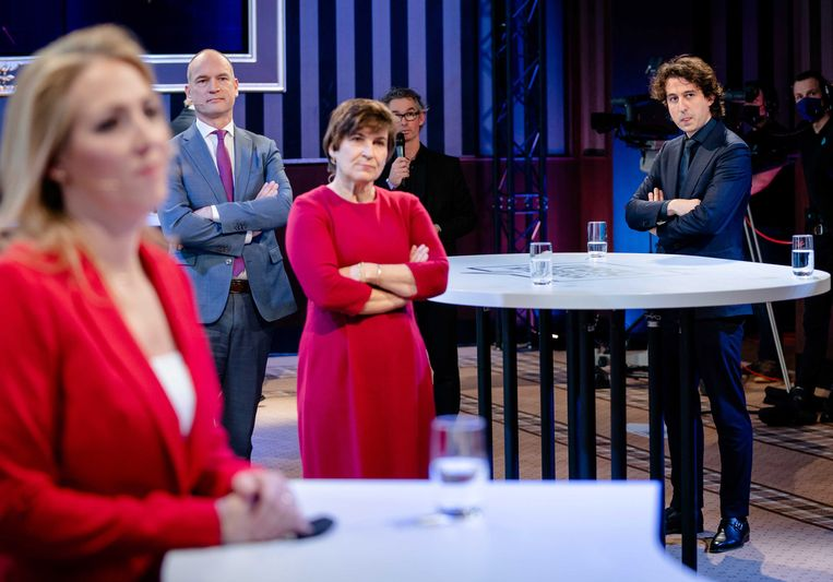Lilian Marijnissen (SP), Gert-Jan Segers (ChristenUnie), Lilianne Ploumen (Pvda) and Jesse Klaver (Groenlinks) tijdens een debat in aanloop naar de Tweede kamerverkiezingen.  Beeld EPA/Bart Maat