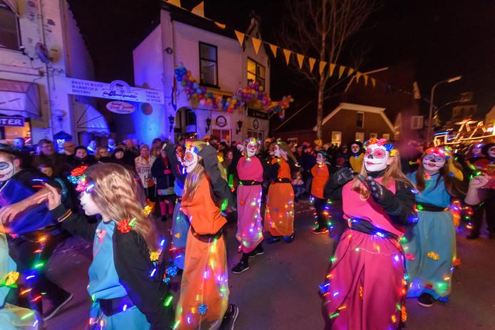 De verlichte carnavalsoptocht kan dit jaar niet door Langestraat.