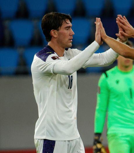 Denemarken heeft WK-ticket bijna te pakken, Vlahovic redt Tadic en Servië