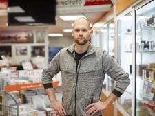 Gert-Jan Stolte neemt failliete Zutphense fotozaak over: 'Zonder personeel heeft het bedrijf wel toekomst'