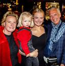 Martien Meiland, moeder Erica, dochter Maxime en kleindochter Claire.