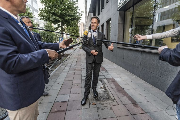 Premier Mark Rutte maandagochtend na het opbreken van de onderhandelingen.  Beeld ANP