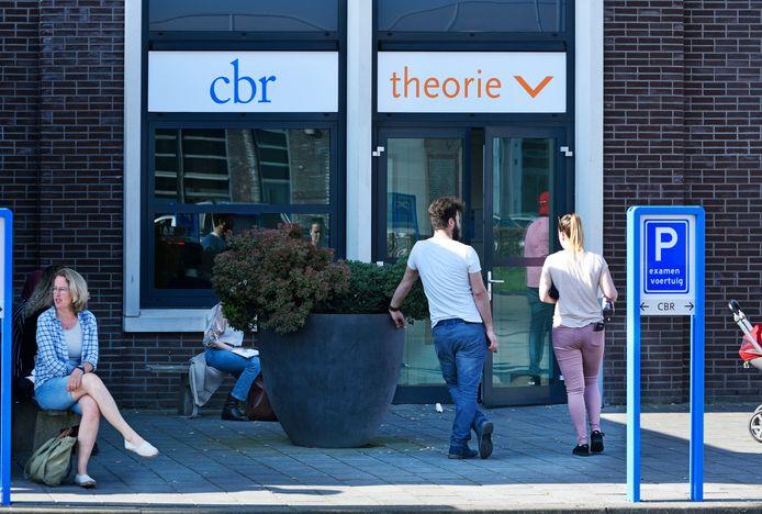 Een vestiging van het Centraal Bureau Rijvaardigheidsbewijzen, oftewel het CBR.