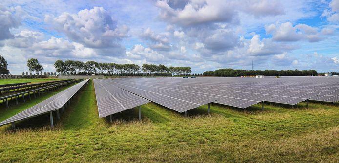 Een zonnepark op landbouwgrond.