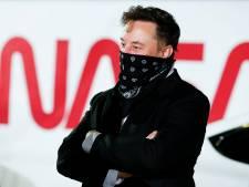 Waarde van bitcoin daalt en stijgt weer na tweets Elon Musk