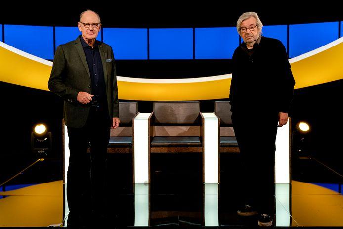 Tv-quiz De Slimste Mens (KRO-NCRV), met presentator Philip Freriks en jurylid Maarten van Rossem.