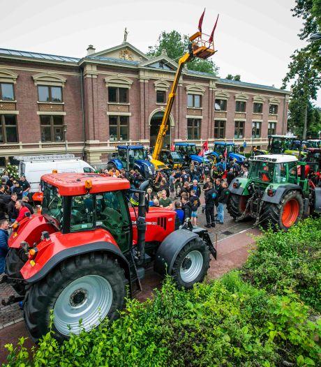 Boete voor boer Thijs geschrapt: 'Geen hooligans, maar boeren die een sfeeractie houden'