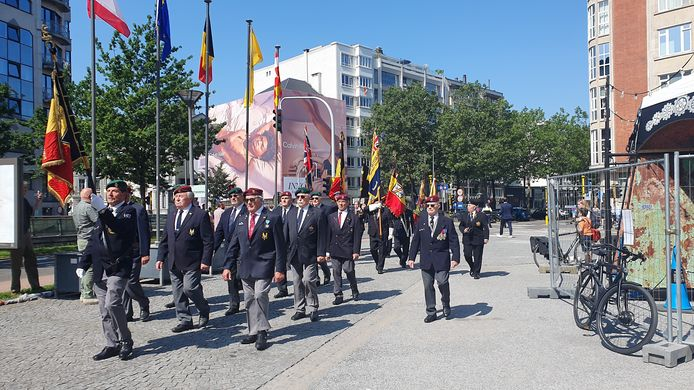 Vandaag werd de nationale feestdag in het stadspark gevierd. Op de foto de muziekfanfare van de politie.