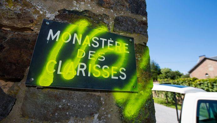 Le monastère de Malonne a été tagué