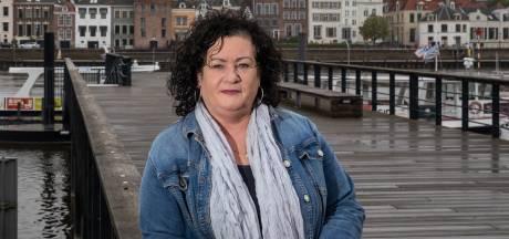 'Alle boeren voor de buis' zien Caroline van der Plas in 'Deventer onderonsje' van De Slimste Mens