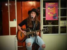 Jonge regionale singer-songwriters op Op De Tôffel