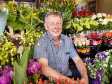 Fred zet zijn bloemetjes niet meer buiten, na veertig jaar stopt hij met zijn stalletje