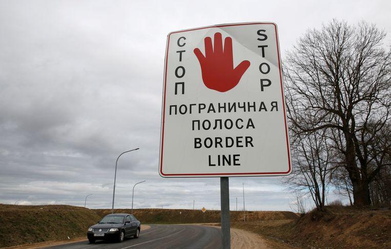 De Wit-Russische grens bij Kamenny Log, 140 kilometer van Minsk.  Beeld EPA