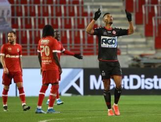 """Zinho Gano baalt na nederlaag KV Kortrijk op Antwerp: """"Met elf tegen tien vier goals slikken, dat mag nooit"""""""