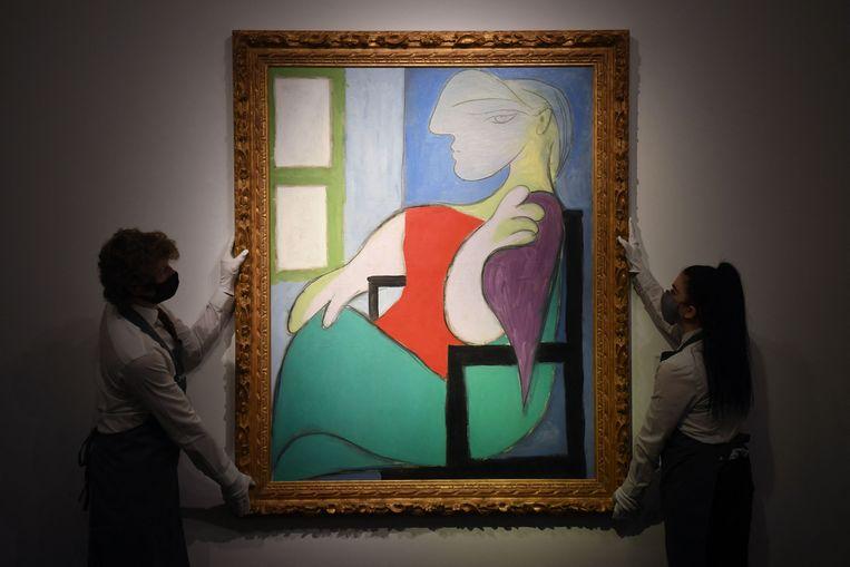 'Femme assise près d'une fenêtre (Marie-Thérèse)' van Pablo Picasso. Beeld AFP
