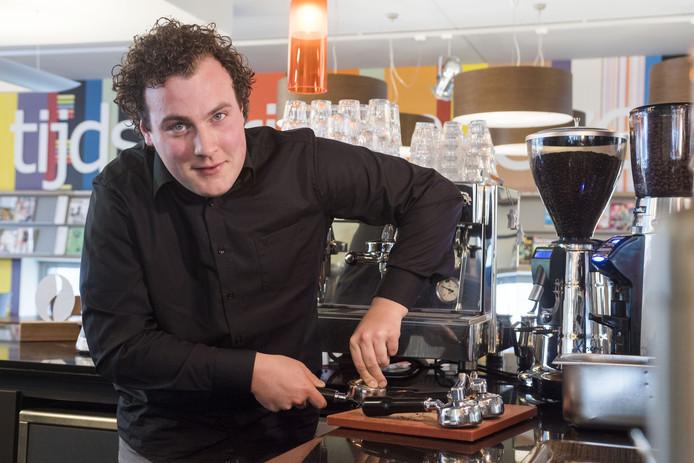 Niels te Vaanhold uit Goor is uitgeroepen tot beste koffieproever van Nederland.