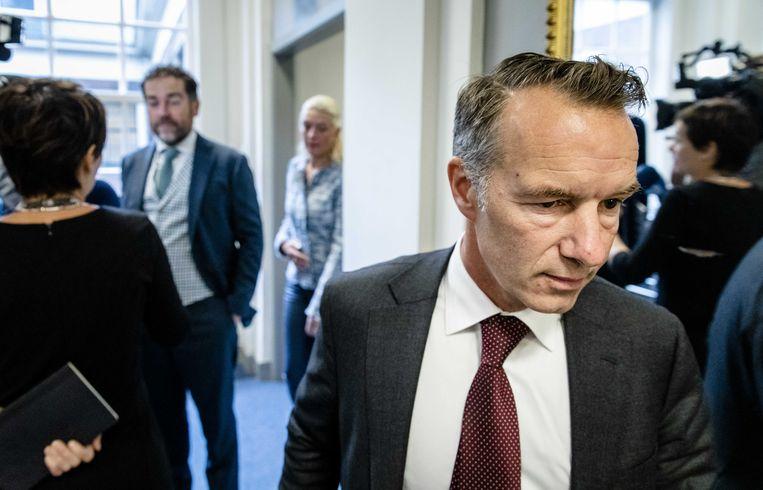 Wybren van Haga voorafgaand aan het VVD-beraad waarin werd besloten hem uit de fractie te zetten, eind september. Op de achtergrond fractievoorzitter Klaas Dijkhoff. Beeld ANP