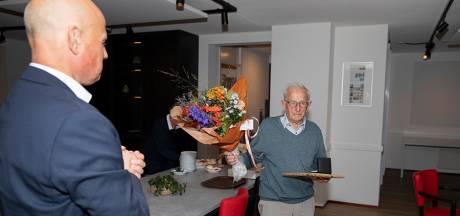 Vrijwilligerspenning gemeente Helmond voor Fried Rijkers