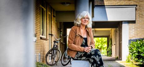 Henny (77) moet na bijna vijftig jaar haar huis uit: 'Ik heb twee dagen lopen janken'