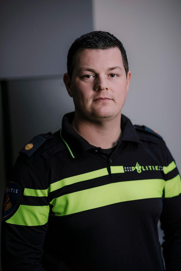 Politieagent Mark Achterbergh-Copier Beeld Marc Driessen