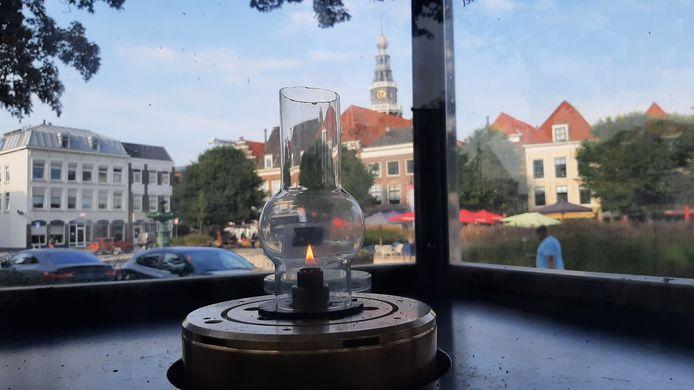 De Vredesvlam brandt deze week op het Bellamypark in Vlissingen, ter gelegenheid van de PAX Vredesweek.