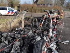 Burgemeester denkt aan camerabewaking na autobranden in Giethoorn