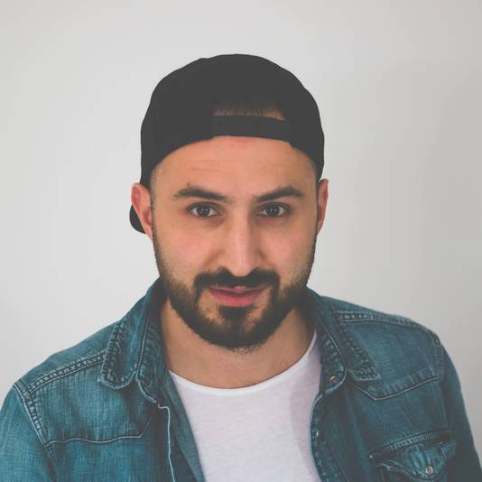 Videomaker Semih Simsek
