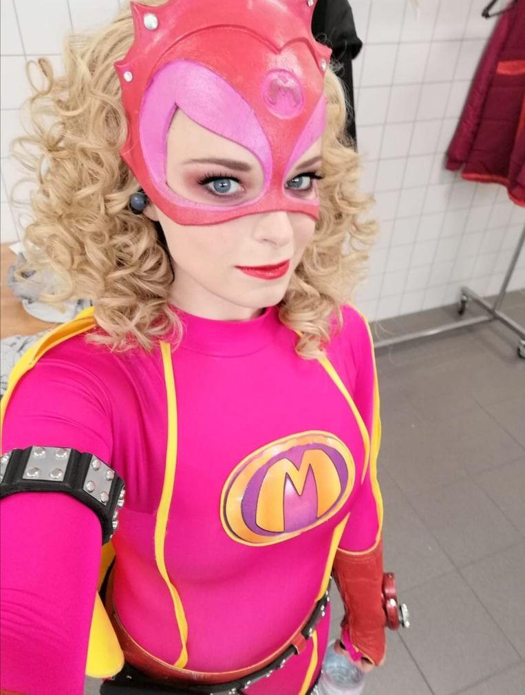 Lotte Stevens als Mega Mindy. Beeld Isabeau Bosscher