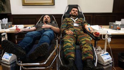 IN BEELD: Militairen geven eerste bloed voor buitenlandse missies