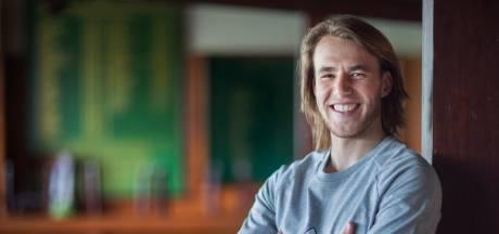 Door corona weet Feyenoord-talent wat hij nog liever wil dan de Kuip halen: 'Ik word arts'