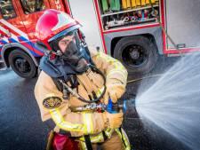 Autobrand in Zoetermeer vermoedelijk aangestoken, politie zoekt getuigen
