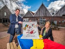 Oldenzaalse Christel zet zich al 25 jaar in voor kinderen in Roemenië: 'Waar maken we ons hier druk om?'