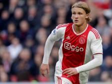 Ajax begint trainingskamp met zege op Turken