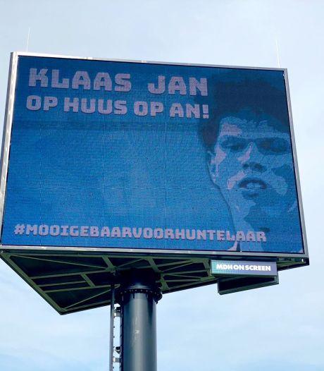 Fans trekken alles uit de kast voor terugkeer Huntelaar bij De Graafschap: 'Laten zien hoe trots wij op hem zijn'
