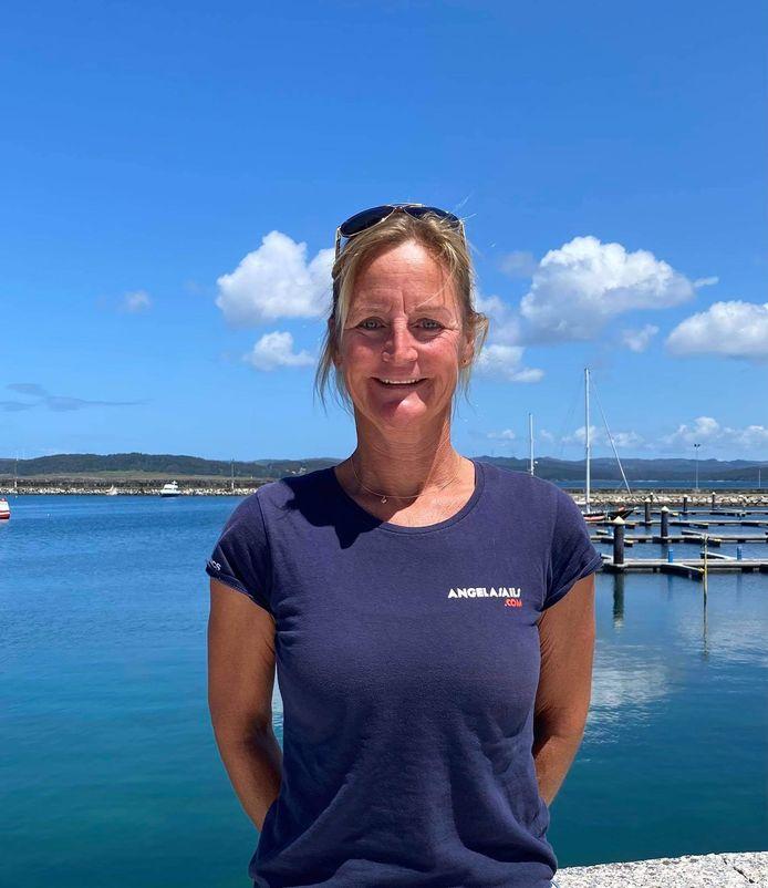 Angela Brandsma (46) zeilt sinds drie jaar de wereld over.