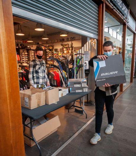 Winkels mogen weer 'open' met click and collect: 'Het is toch een lachertje?'