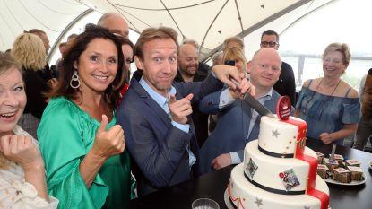 IN BEELD. De Komedie Compagnie viert jubileum en heel wat BV's vierden mee