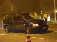 Fietser en passagier gewond na botsing met auto in Lopik