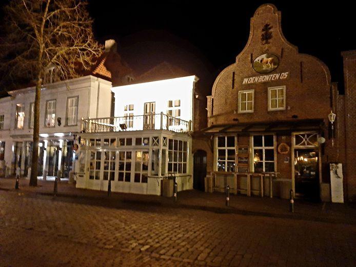 Na de coronalockdown mag de horeca in Oirschot in een proef van een jaar op vrijdagnacht én zaterdagnacht een uurtje langer open, tot 03.00 uur.