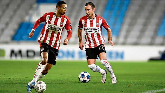 De terugkeer van Cody Gakpo (l) en Mario Götze is voor PSV cruciaal om februari goed door te komen.