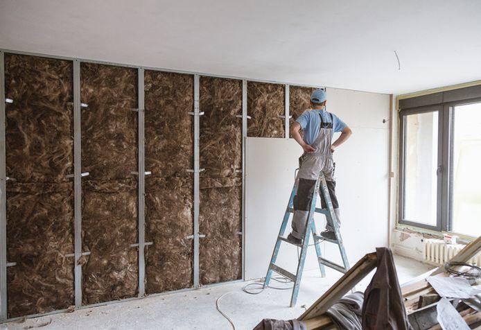 Il est essentiel d'isoler pour maintenir votre facture d'énergie dans certaines limites. De cette façon, vous évitez que la chaleur de la maison s'échappe vers l'extérieur.
