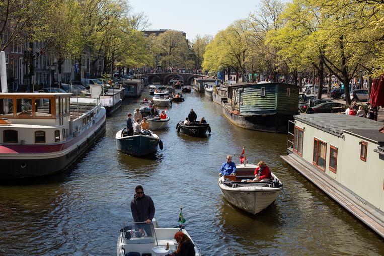 Bootjes op de Prinsengracht.  Beeld Susanne Stange