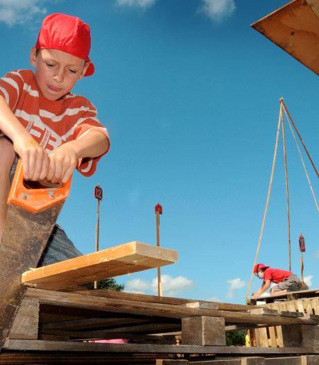 Lekker timmeren in een bouwdorp? Een hut bouwen mag  in West Maas en Waal niet