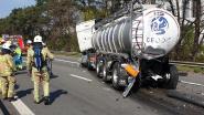 E313 richting Antwerpen volledig versperd na dodelijk ongeval met drie vrachtwagens