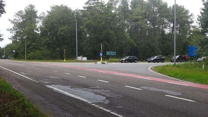 De aansluiting van de Nieuwe Baan op de op- en afrit van de E313 zal in de toekomst gebeuren via een rotonde.