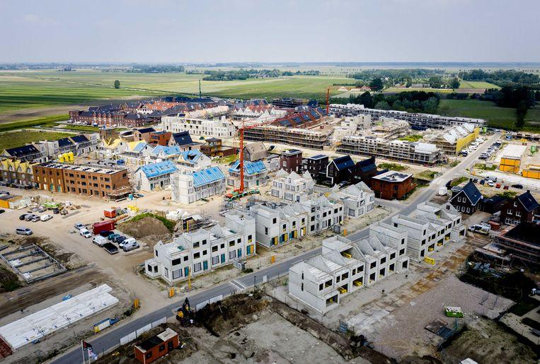 Dronefoto van een nieuwbouwproject in Vathorst.  Beeld ANP