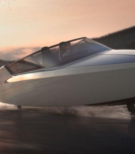 Deze Dordtse boot scheert als een sportvliegtuig over het water (en hij is nog brandschoon ook)