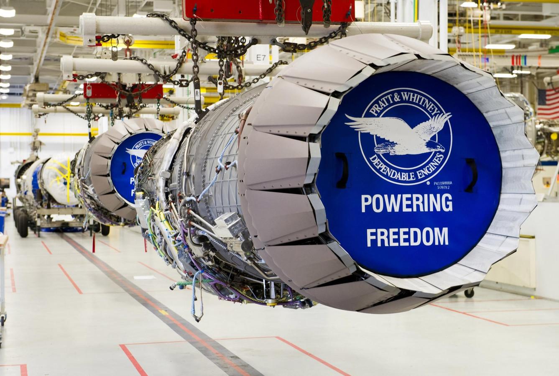 F135 straalmotor, in de puntige flappen op het einde zit het plaatwerk van KMWE Aero Engine.