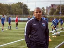PEC-trainer Justiana zet reuzenstap als rechterhand van Guus Hiddink bij Curaçao: 'M'n moeder dacht ik  een grap maakte'