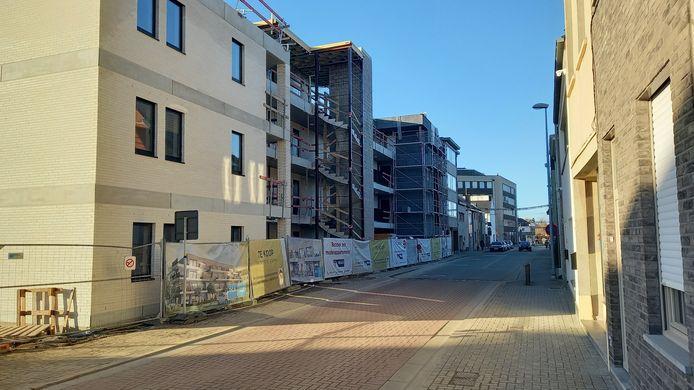 De residentie Hoppe is nog niet afgewerkt of men wil aan de overkant van de straat al een nieuw bouwproject opstarten.